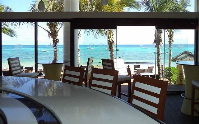 Hotel The Reef Coco Beach, Sports Bar
