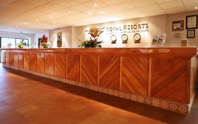 Hotel The Royal Cancún All Suites Resort, atención personalizada desde el inicio de tu estancia