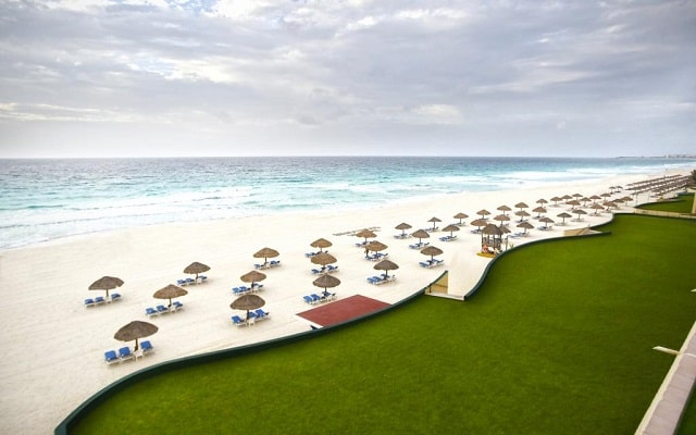 Hotel The Royal Caribbean An All Suites Resort, aprovecha cada instante en el Caribe