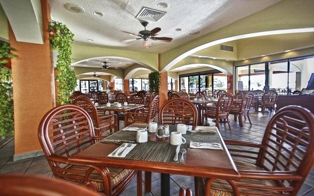 Hotel The Royal Caribbean An All Suites Resort, buena propuesta gastronómica