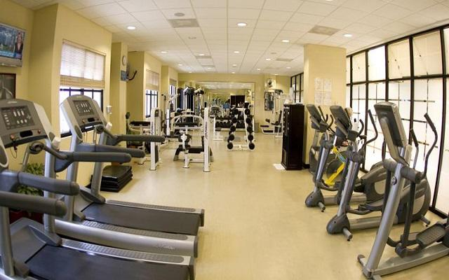 Hotel The Royal Caribbean An All Suites Resort, gimnasio