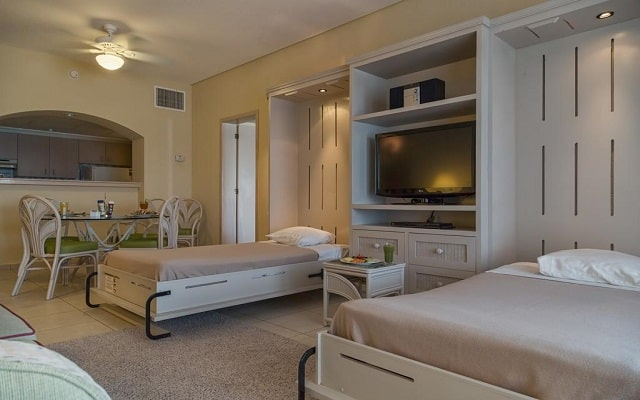 Hotel The Royal Islander An All Suites Resort, ambientes acogedores