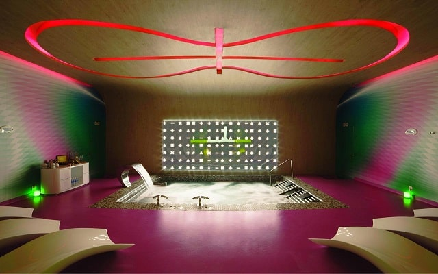 Hotel The Tower by Temptation Cancun, permite que te consientan en el spa