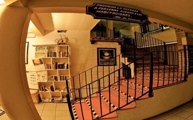 Hotel Tradicional Villa del Mar, pequeña biblioteca