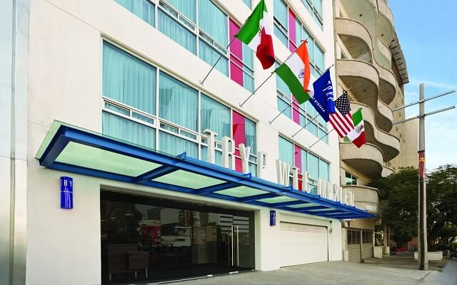 Hotel Tryp México WTC en Nápoles