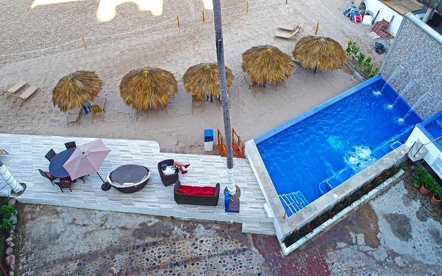Hotel Vallarta Shores, disfruta la playa