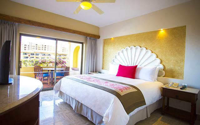 Velas Vallarta Family Beach Resort Premium All Inclusive, amplias y luminosas habitaciones