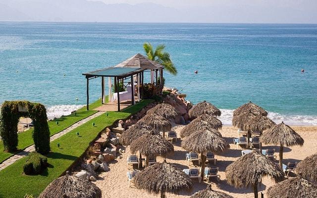 Hotel Villa del Mar Puerto Vallarta by Villa Group, puedes usar instalaciones del hotel hermano justo al lado