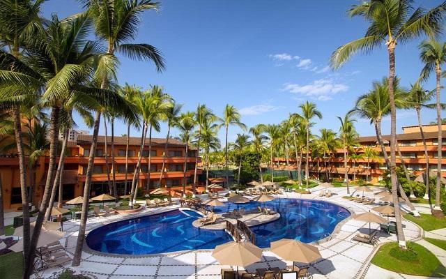 Hotel Villa del Mar Puerto Vallarta by Villa Group, alberca con amenidades para que aproveches tu descanso