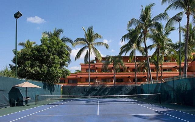 Hotel Villa del Mar Puerto Vallarta by Villa Group, puedes practicar tenis