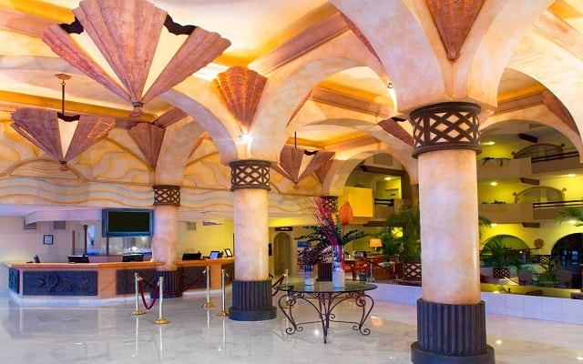 Hotel Villa del Palmar Beach Resort And Spa, lobby