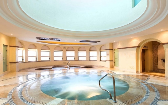 Hotel Villa del Palmar Beach Resort And Spa, jacuzzi