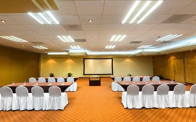 Hotel Villa del Palmar Beach Resort And Spa, espacios acondicionados para tu evento