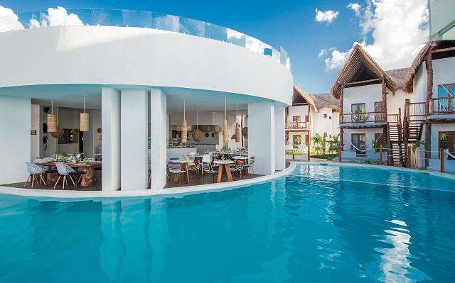 Hotel Villas HM Palapas del Mar, disfruta del clima y descansa en el área de alberca