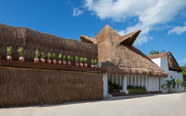 Hotel Villas HM Palapas del Mar, cuenta con WiFi gratis en su lobby