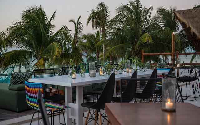 Hotel Villas HM Palapas del Mar disfruta de su terraza