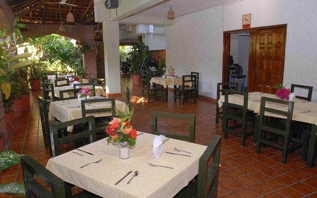 Villas Paraíso Ixtapa, Restaurante Bar