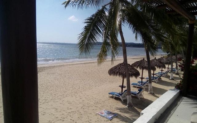Hotel Vista Vallarta All Suites On the Beach, admira la belleza del mar