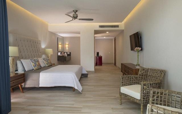Hotel Vista Vallarta All Suites On the Beach, amplias y luminosas habitaciones