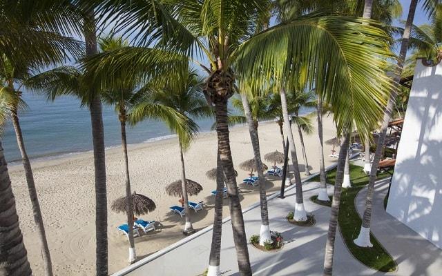 Hotel Vista Vallarta All Suites On the Beach, buena ubicación a pie de playa