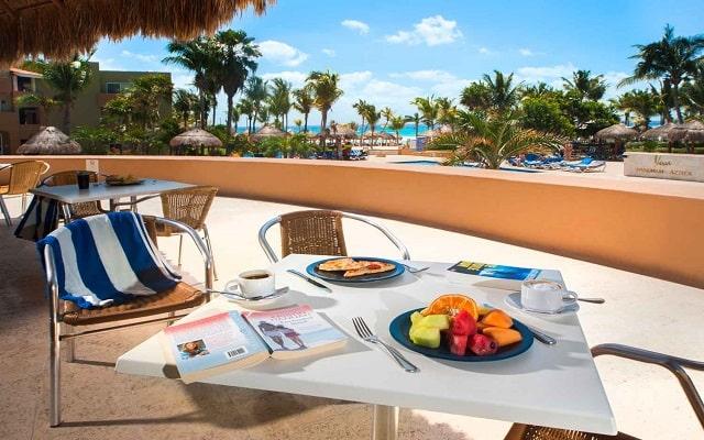 Hotel Viva Wyndham Azteca, empieza tu día con energía