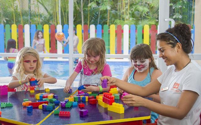 Hotel Viva Wyndham Azteca, club de niños para que ellos también se diviertan