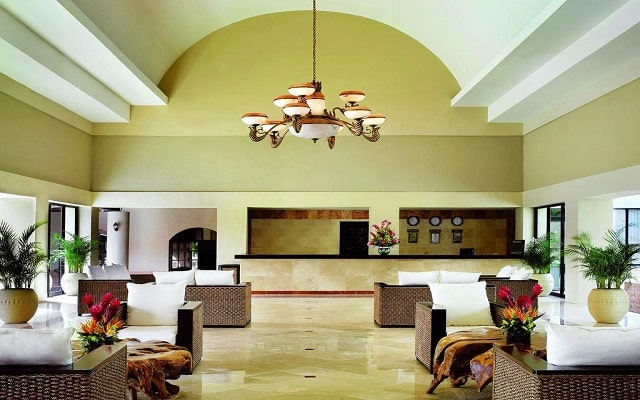 Hotel Viva Wyndham Azteca, atención personalizada desde el inicio de tu estancia