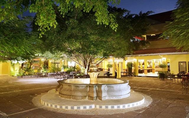 Hotel Viva Wyndham Azteca, hermosa vista nocturna