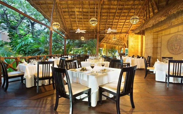 Hotel Viva Wyndham Azteca, Restaurante Xul Ha