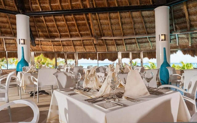 Hotel Viva Wyndham Maya, Restaurante Miramare