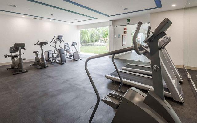 Hotel Wyndham Garden Playa del Carmen, gimnasio equipado para tus rutinas