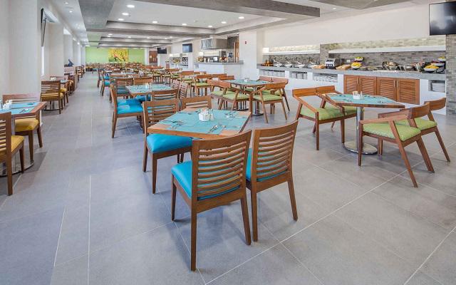 Hotel Wyndham Garden Playa del Carmen, espacios confortables para comenzar tu día