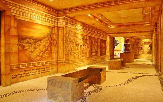 Hotel Xbalamqué Resort & Spa es casi un museo