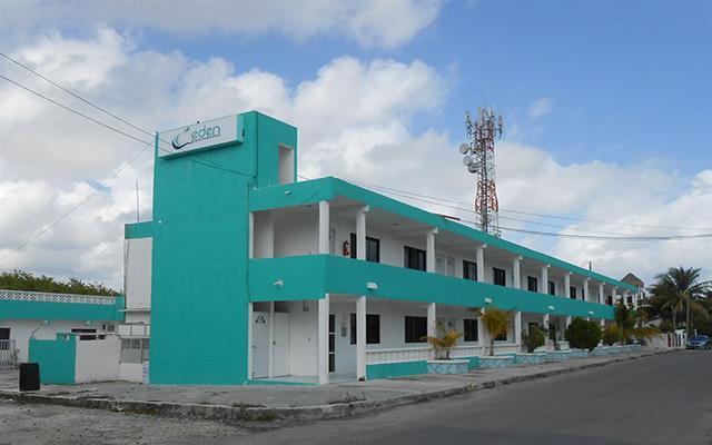 Hotel y Departamentos Eden en Puerto Morelos