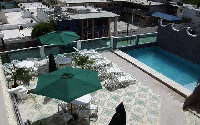 Hotel Ziami, disfruta de su alberca al aire libre