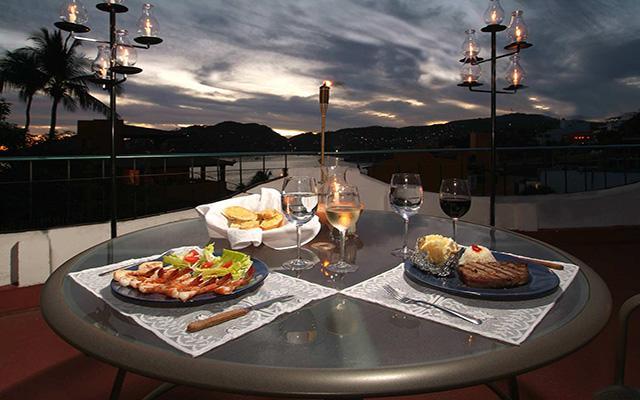 Hotel ZihuaCaracol, disfruta de una cena romántica