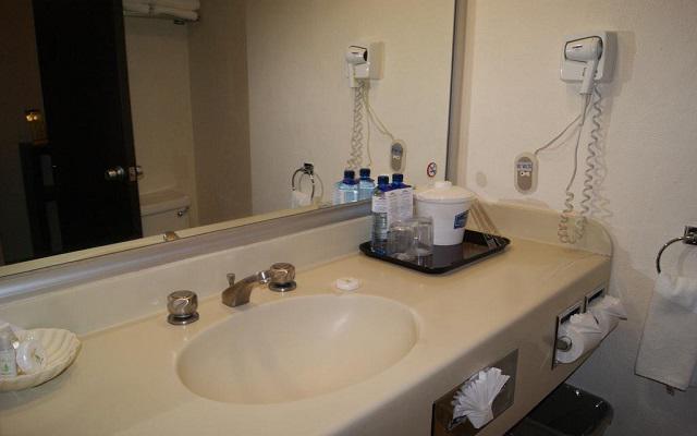 Howard Johnson Plaza Hotel Las Torres, amenidades de calidad