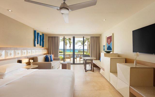 Hotel Hyatt Ziva Cancún, disfruta de habitaciones con acceso privado a la alberca