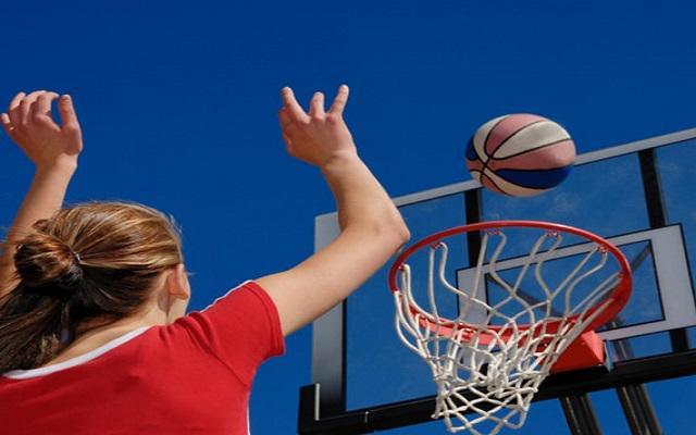 Iberostar Cozumel, disfruta de un partido de basquet con amigos