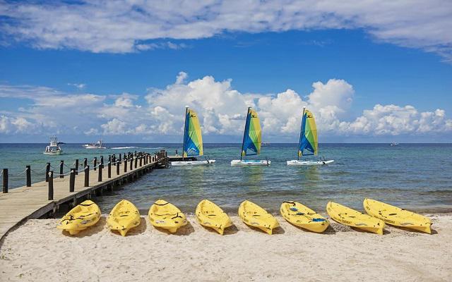 Iberostar Cozumel, practica divertidas actividades en el mar