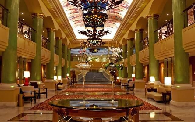 Iberostar Grand Hotel Paraíso, atención personalizada desde el inicio de tu estancia