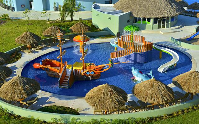 Iberostar Playa Mita, parque acuático para disfrutar en compañía de la familia