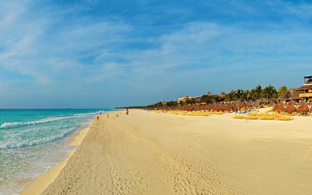 Hotel Iberostar Quetzal, relájate con largos paseos en la playa