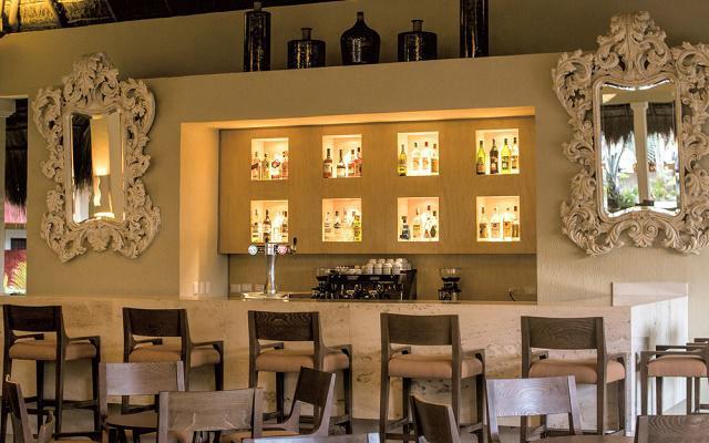 Iberostar Tucán posee cinco bares