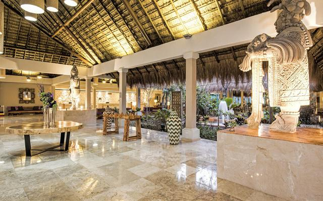 Iberostar Tucán lobby