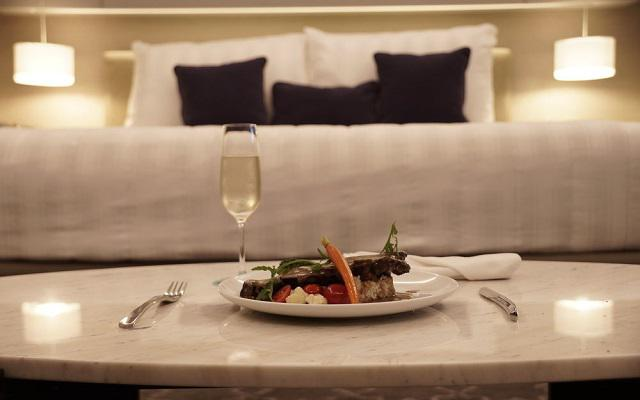 Isaaya Hotel Boutique By WTC ofrece servicio a la habitación