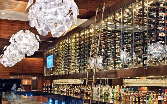 JW Marriott Hotel México City Santa Fe, disfruta una copa en el bar