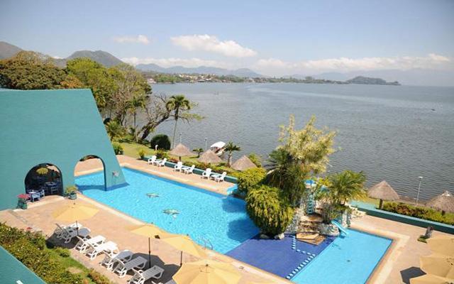 La Finca Resort Hotel and Spa, disfruta de su alberca al aire libre