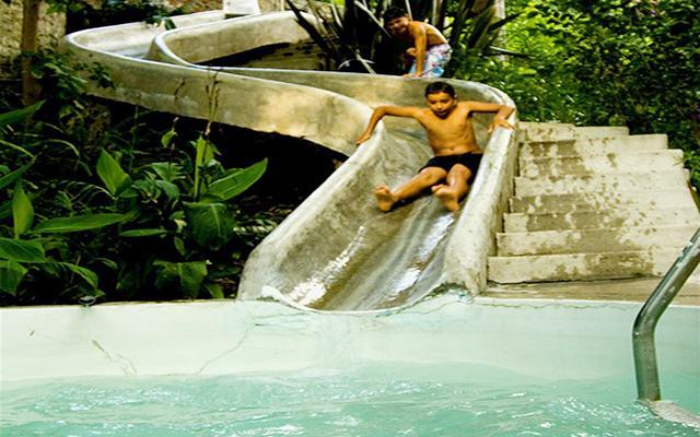 Hotel la puertecita boutique hotel ofertas de hoteles en for Tobogan piscina ninos