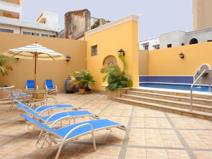 Alberca del hotel La Siesta